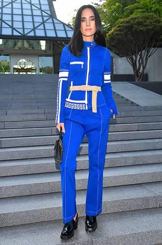 фото Дженнифер Коннелли на показе Louis Vuitton в Японии