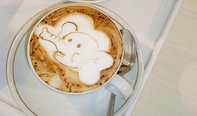 рисунок на кофе слоненок фото