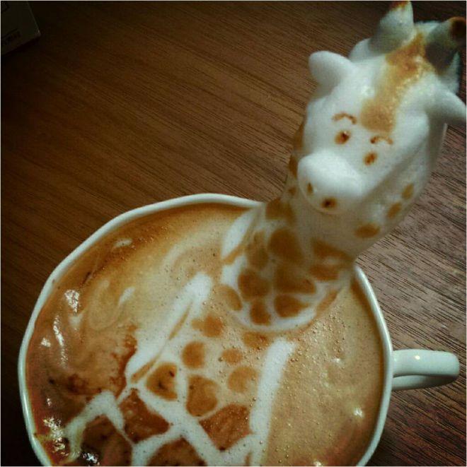 латте-арт жираф фото