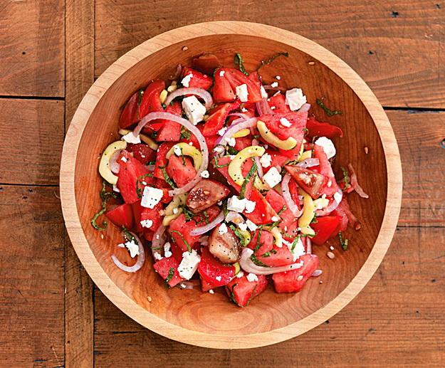 Арбузно-томатный салатик с Фетой фото
