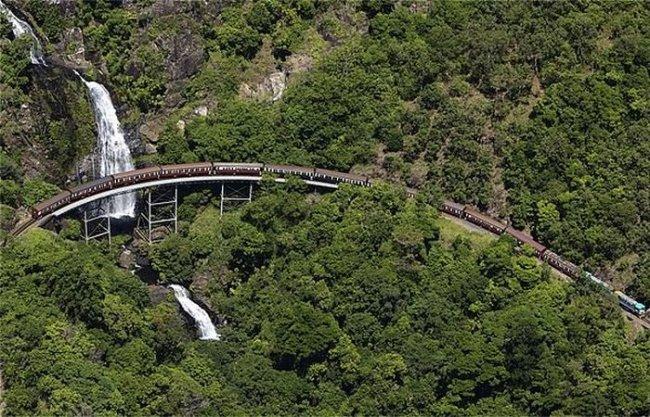 Железная дорога Куранда-Сценик фото