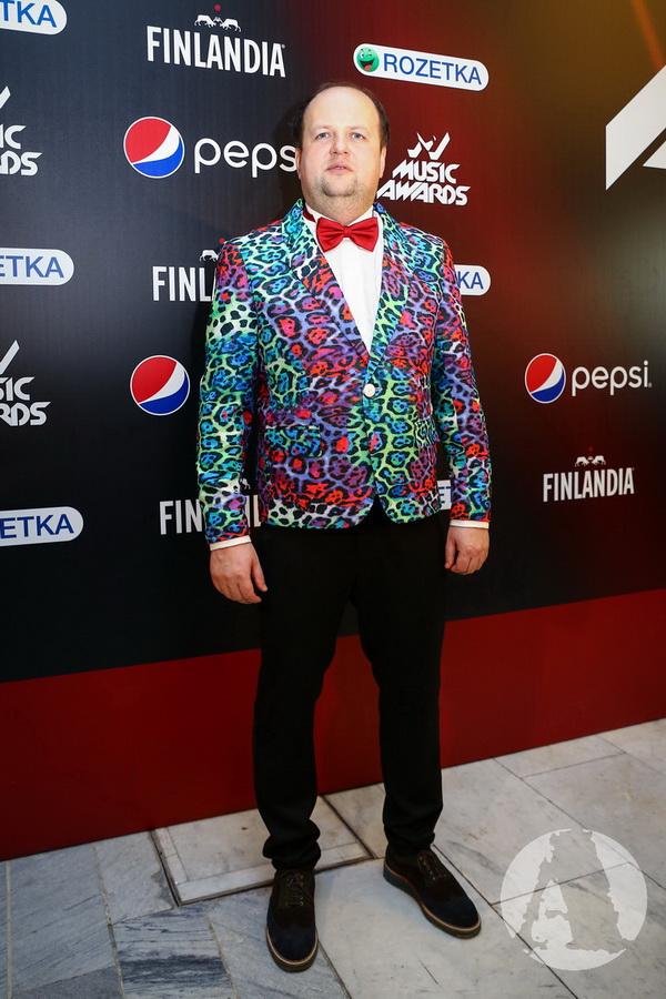 фото Виктор Бронюк на M1 Music Awards III Элемент