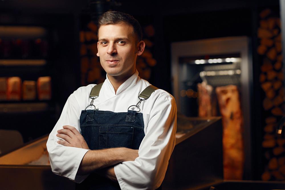 шеф повар ресторана guramma italiana роберто д'оттавио