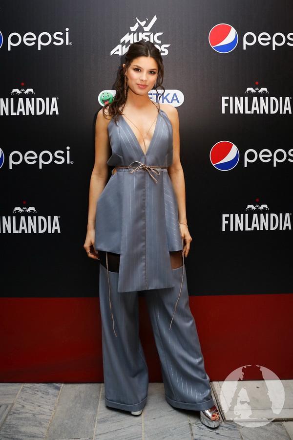 фото Michelle Andrade на М1 Music Awards