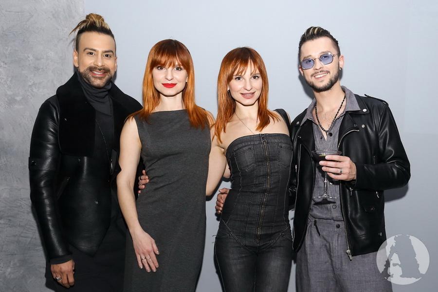фото Олег Серафин, Амадор Лопес и Анны и Марии Опанасюк на вечеринкеNew Balance Grey Day