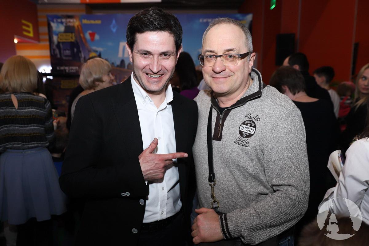 Ахтем Сейтаблаев и Виктор Андриенко на премьере мультфильма - ДИКІ ПРЕДКИ