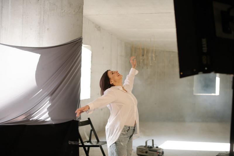 Фото 2 со съемок клипа Оксаны Мухи Шуміла ліщина