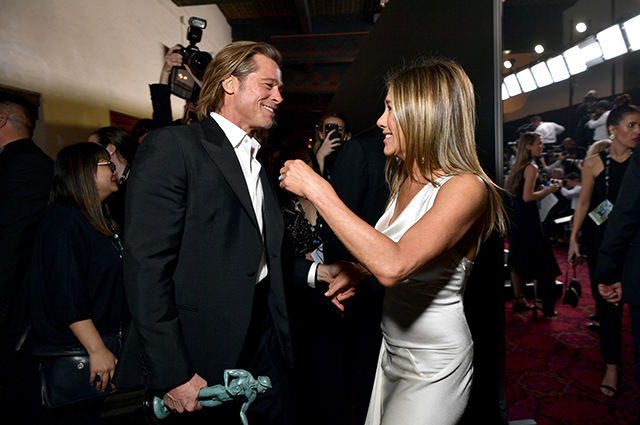 Фото Дженнифер Энистон и Бреда Пита на церемонии SAG Awards