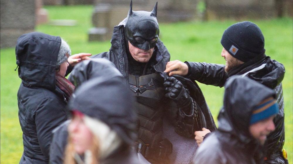 фото Роберта Паттисона на съемках Бэтмена
