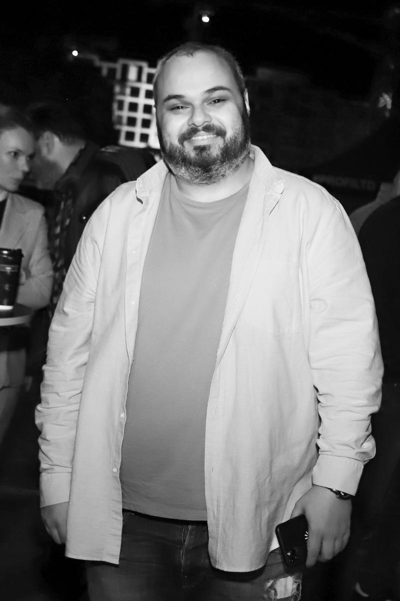 фото Максима Радуцкого на вечеринке «Даруємо емоції»