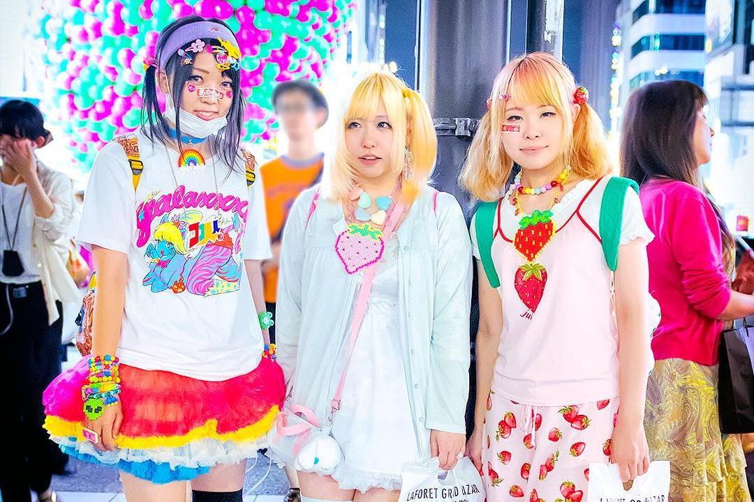 Японские девушки представительницы стиля Fruits