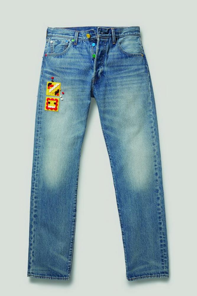 фото Straight Jeans Levi's 501 '93 со вставкой LEGO