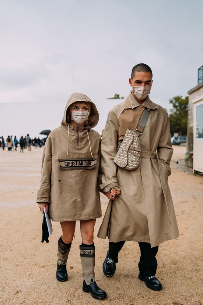 фото Мэйси Уильямс и Рубен Селби Париж перед показом Dior SS21