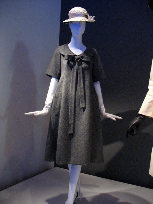 """фото платья Ив Сен-Лорана из коллекции """"Трапеции"""""""