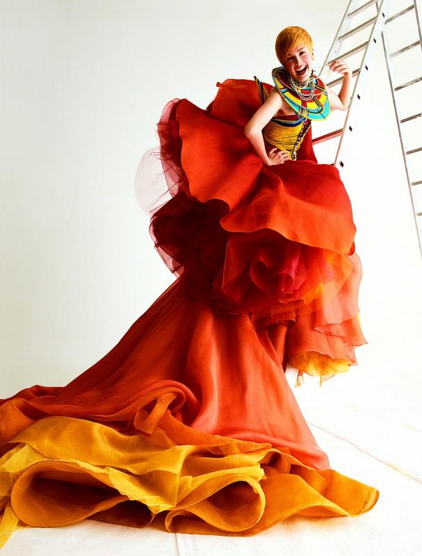 фото платье Джона Гальяно, 1997 год
