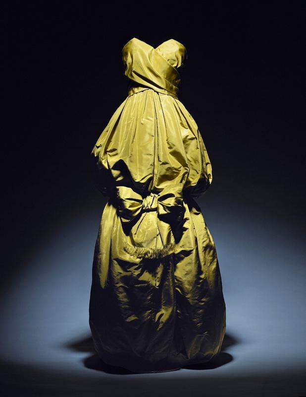 фото платья Yves Saint Laurent, 1959
