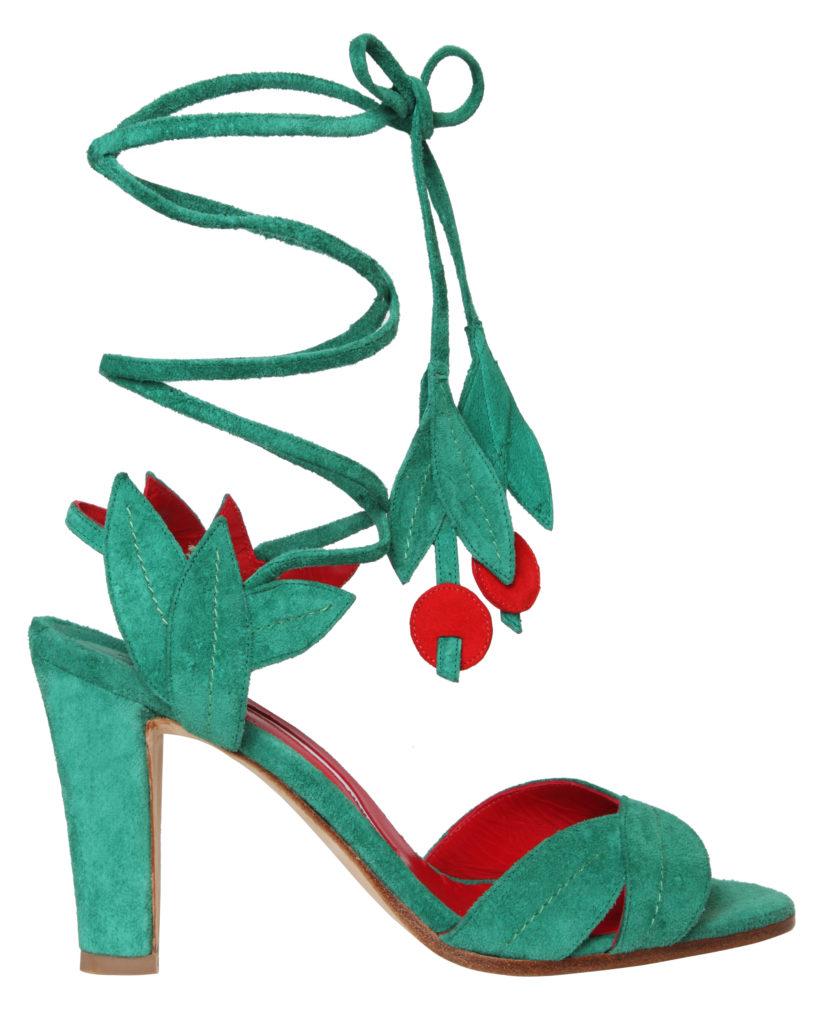 Фото: «Cherry Shoe» от Manolo Blanik