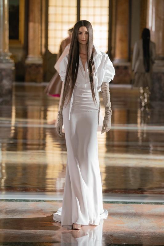 Valentino couture s21