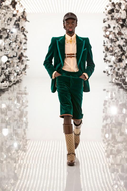 Gucci коллекция Pre Fall 21 Aria foto-12