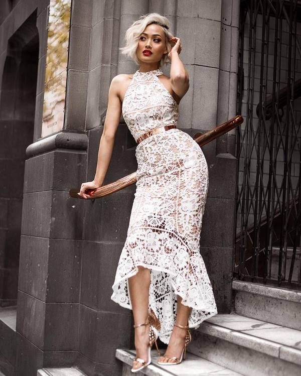 платья с кружевом