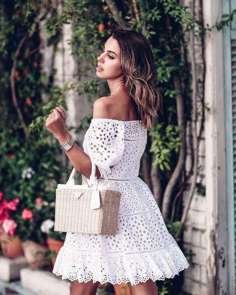современное платье с кружевом
